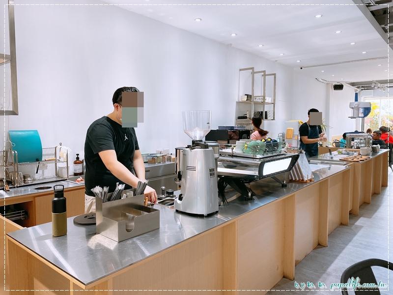 那間賣冰的咖啡店 Blue Lamp Cafe